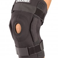 3333 Hinged Wraparound Knee Brace Mueller, бандаж-стабилизатор на колено шарнирный